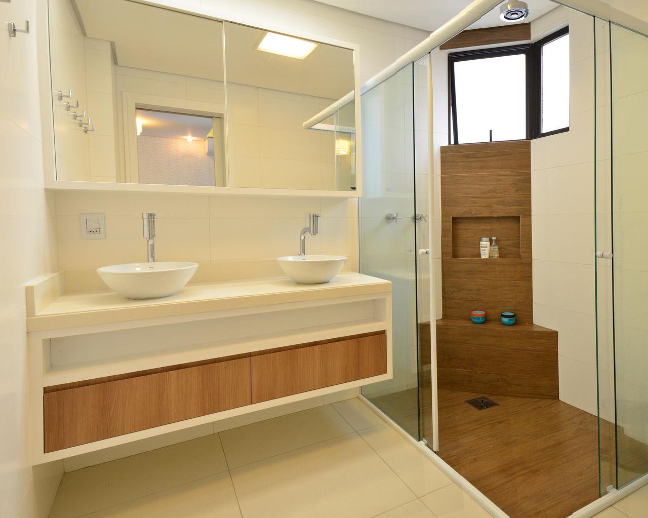 da20158c68 Decoração Banheiro com lavabo e duas cubas de Porcelana romaarquitetura  42334
