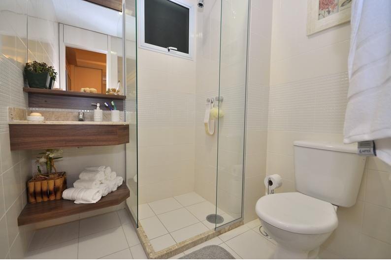Banheiro de Mariane Battaglia  2113 no Viva Decora -> Banheiro Simples Suite