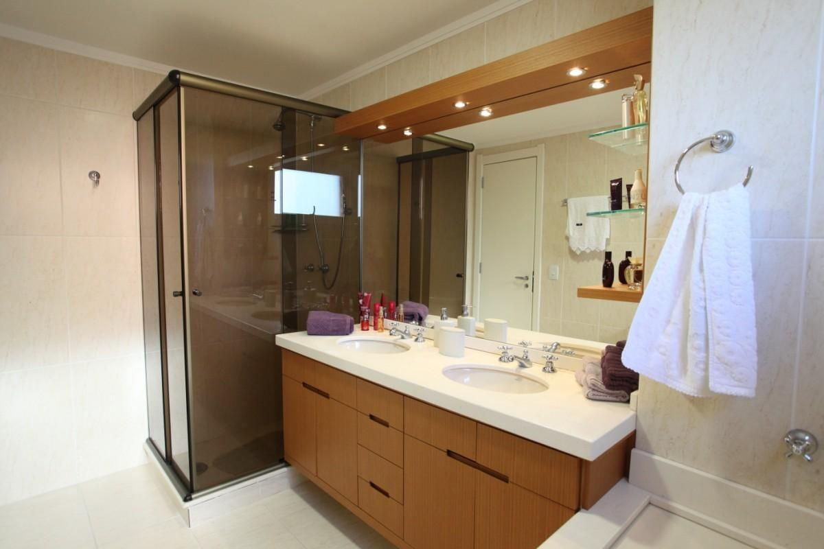 98 Banheiros Decorados Com Efici Ncia E Cuidado ~ Azulejo Para Quarto De Casal E Armario Espelhado Quarto