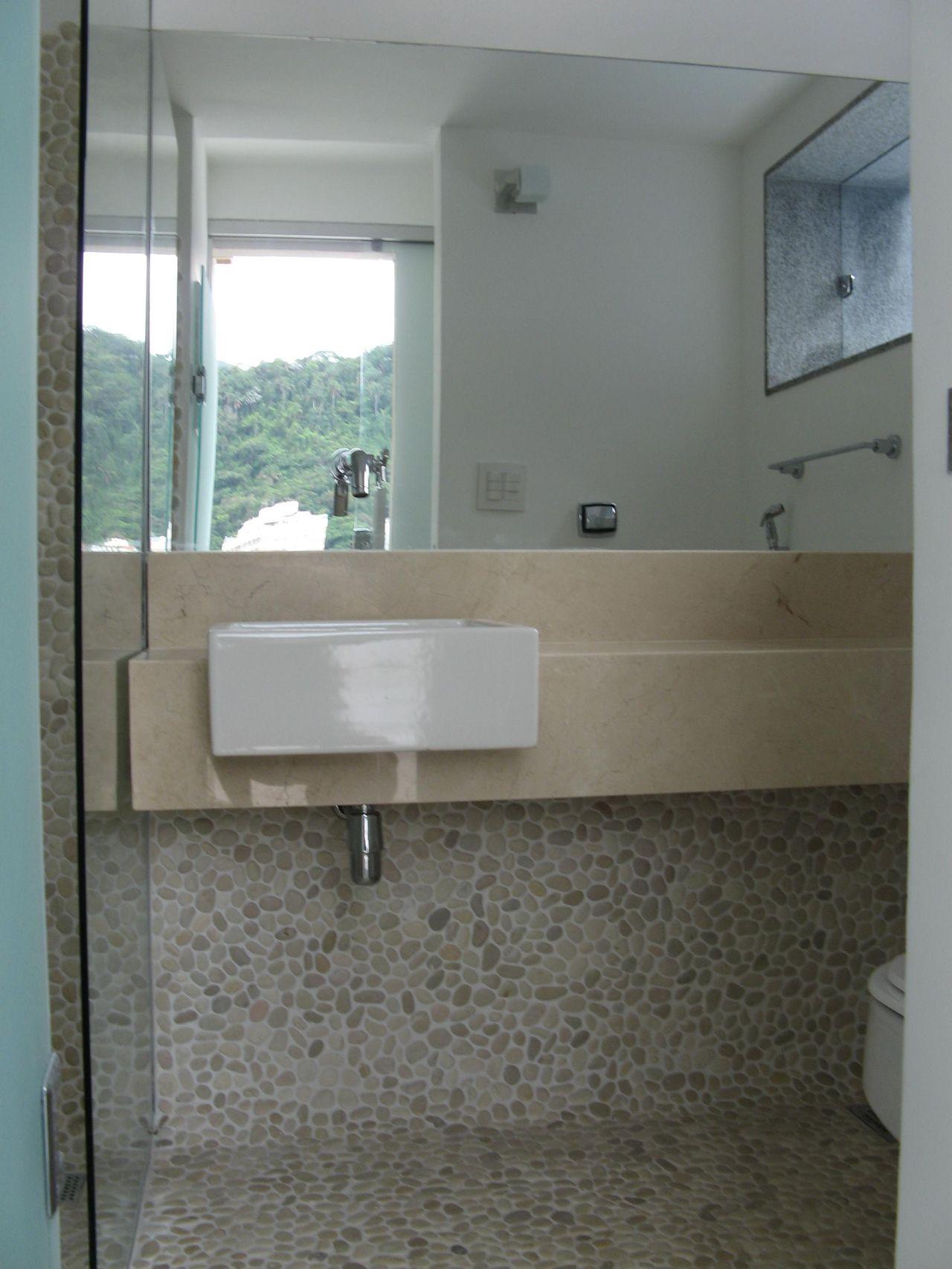 Banheiro com Cuba SemiEncaixe de André Martins  18011 no Viva Decora -> Banheiro Simples Com Cuba