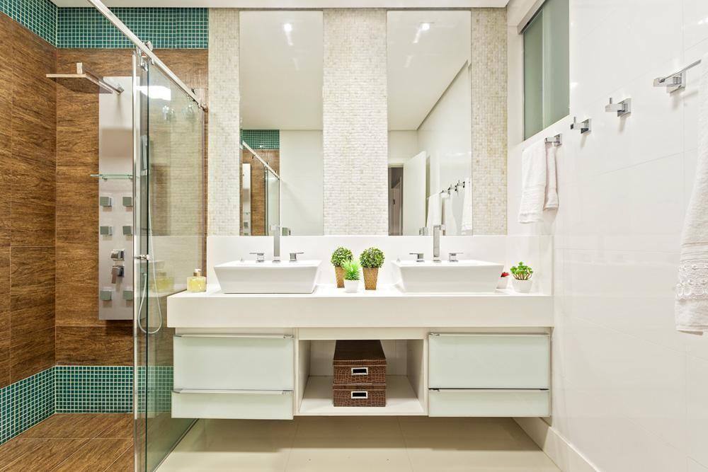 3eea079960 Decoração Banheiro simples Banheiro com gabinete branco e duas Cubas  laurasantos3 96130