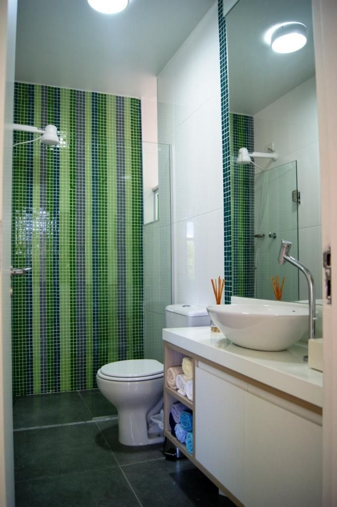 Banheiro com Pastilhas de Priscila Fernandes  52086 no Viva Decora -> Banheiro Simples Suite