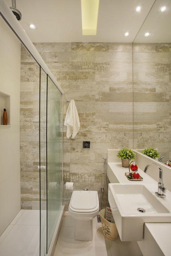 como decorar um banheiro - revestimento madeira