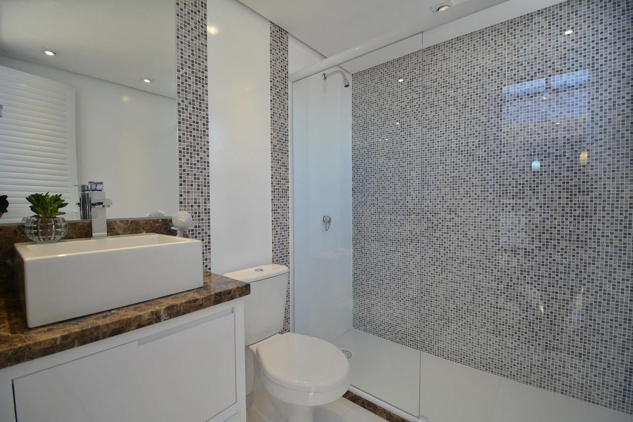 Revestimento Banheiro Mais Adequado Para Sua Obra ~ Revestimento Parede Quarto Umidade