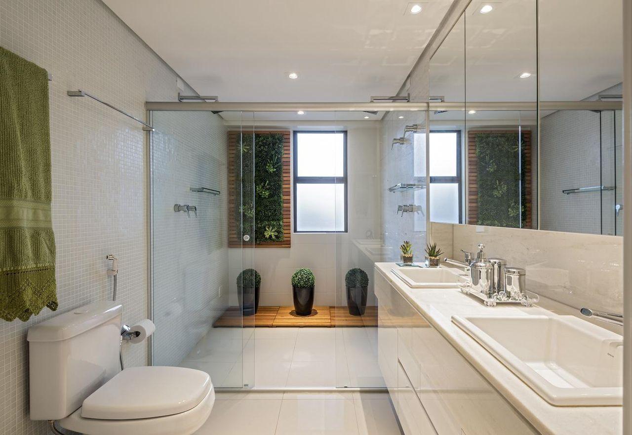 Banheiro Grande Com Painel De Verde De Laura Santos 96441
