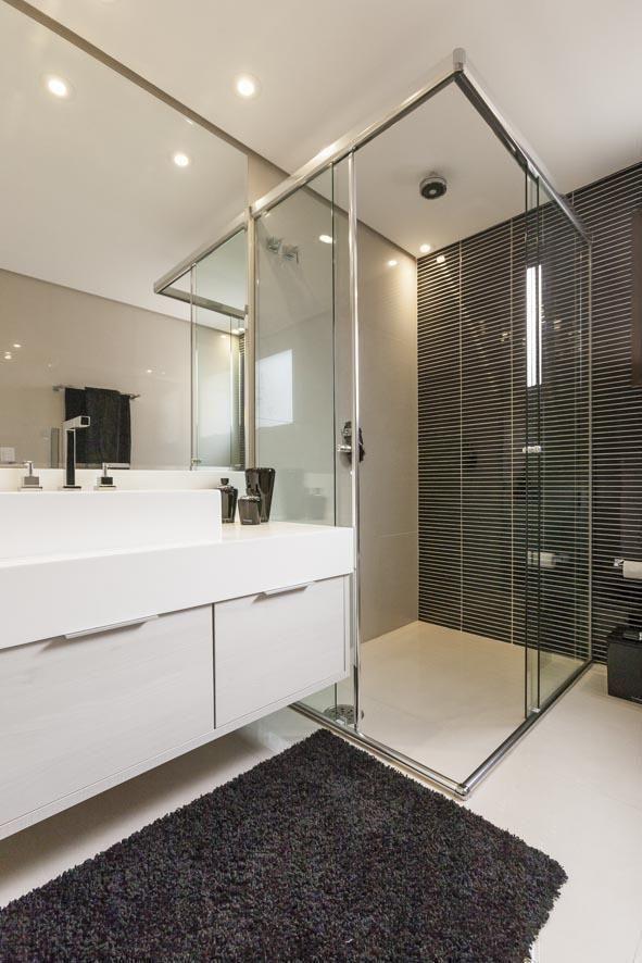 Banheiro de Luciana Latorre  6810 no Viva Decora -> Banheiro Simples Suite