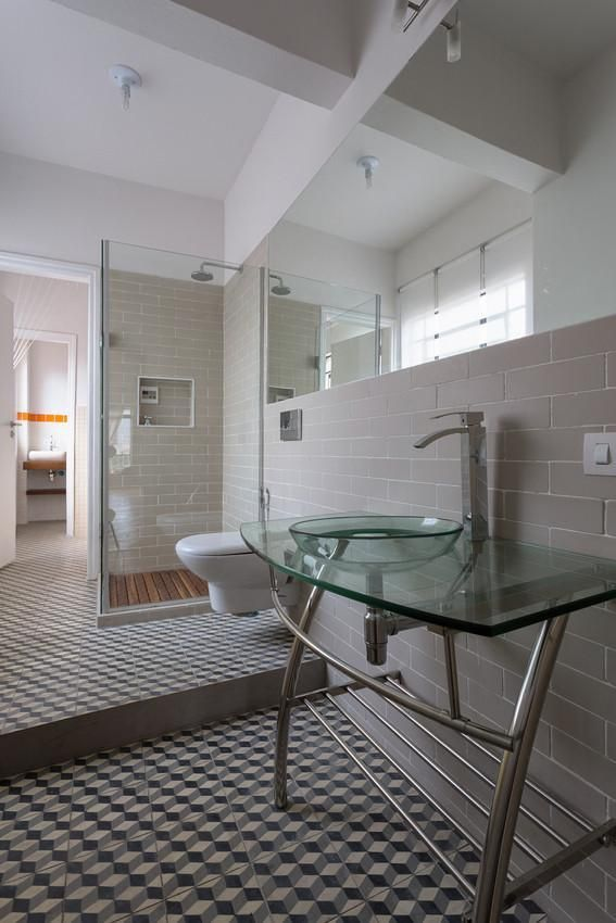 Banheiro de Matteo Gavazzi  27583 no Viva Decora -> Banheiro Simples Suite