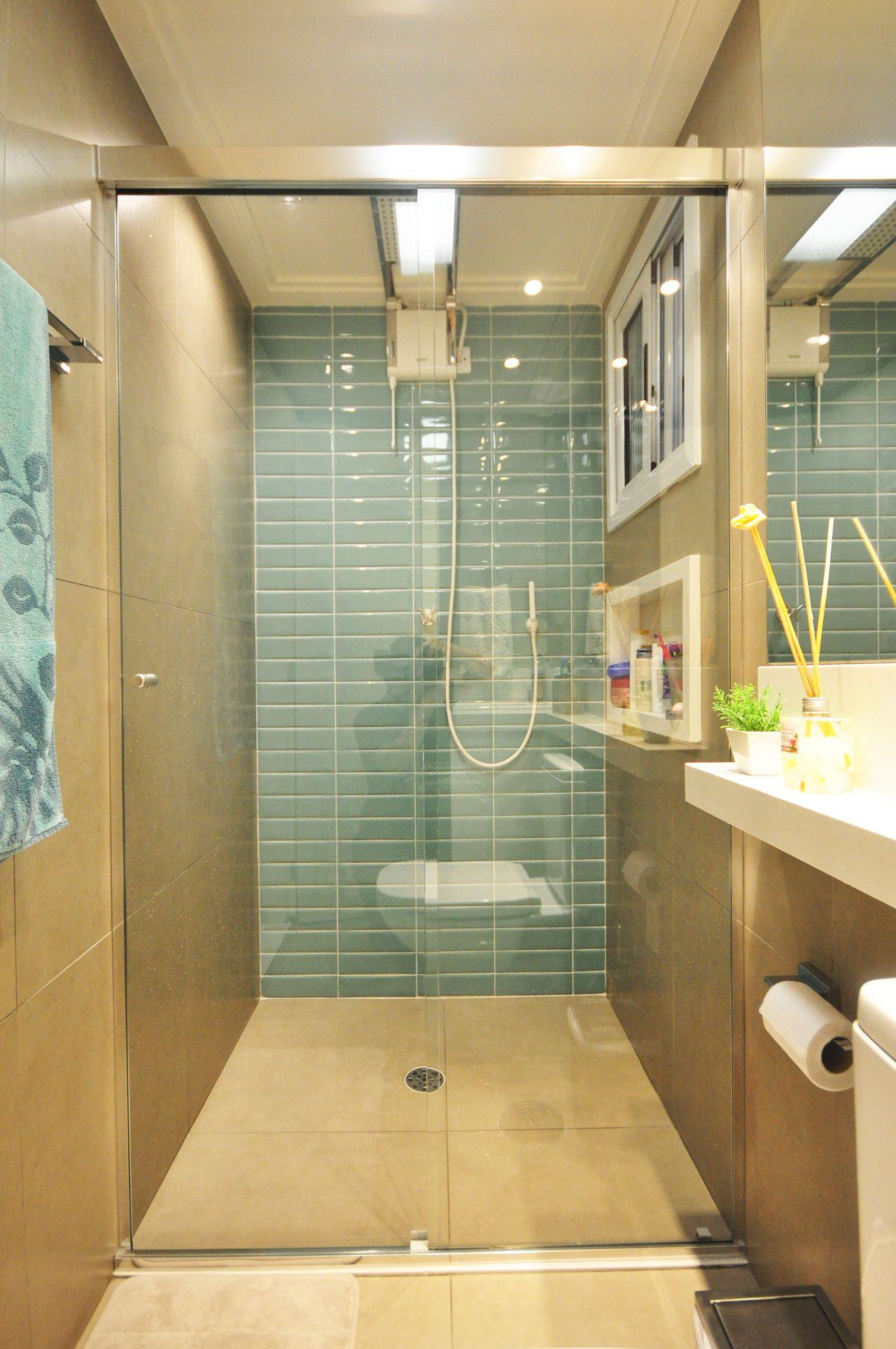 Banheiro Moderno Com Azulejo Tijolinho E Nicho De Condecorar