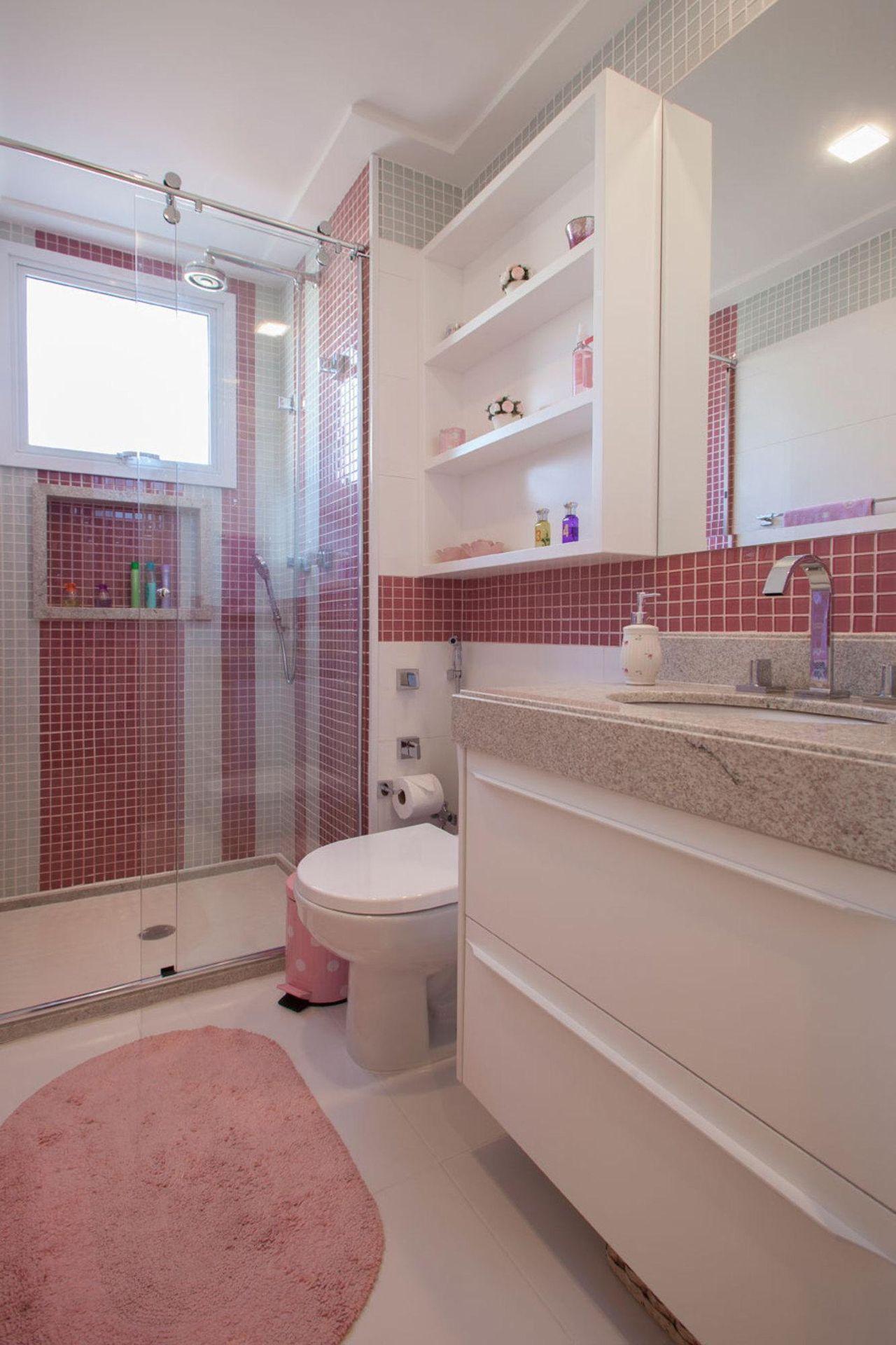 Banheiro rosa de Fernanda Pinheiro  7444 no Viva Decora -> Banheiro Simples Suite