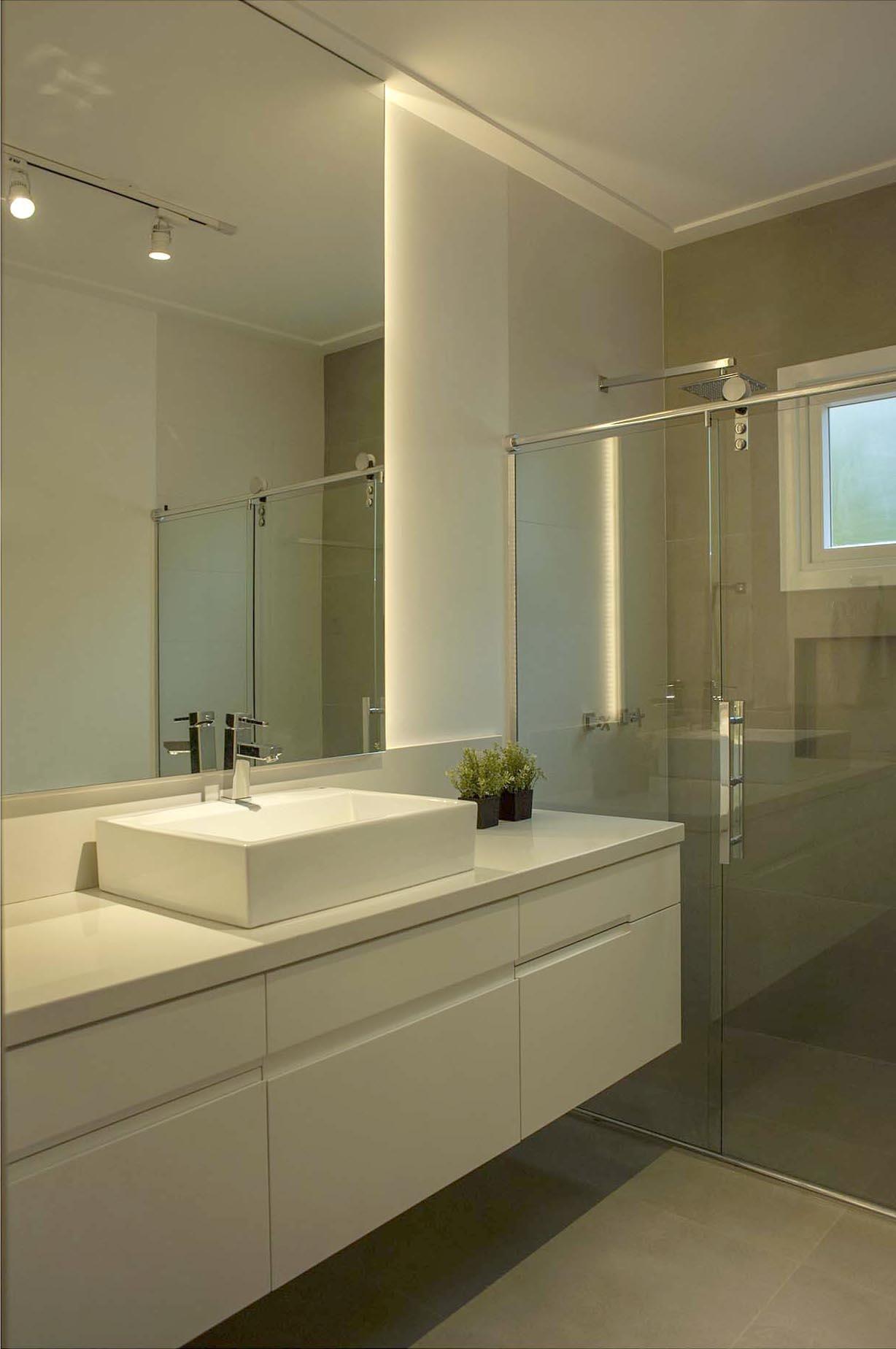 Banheiro Simples Com Cuba Quadrada Branca Paula Ines Sizinando 50930 Viva Decora