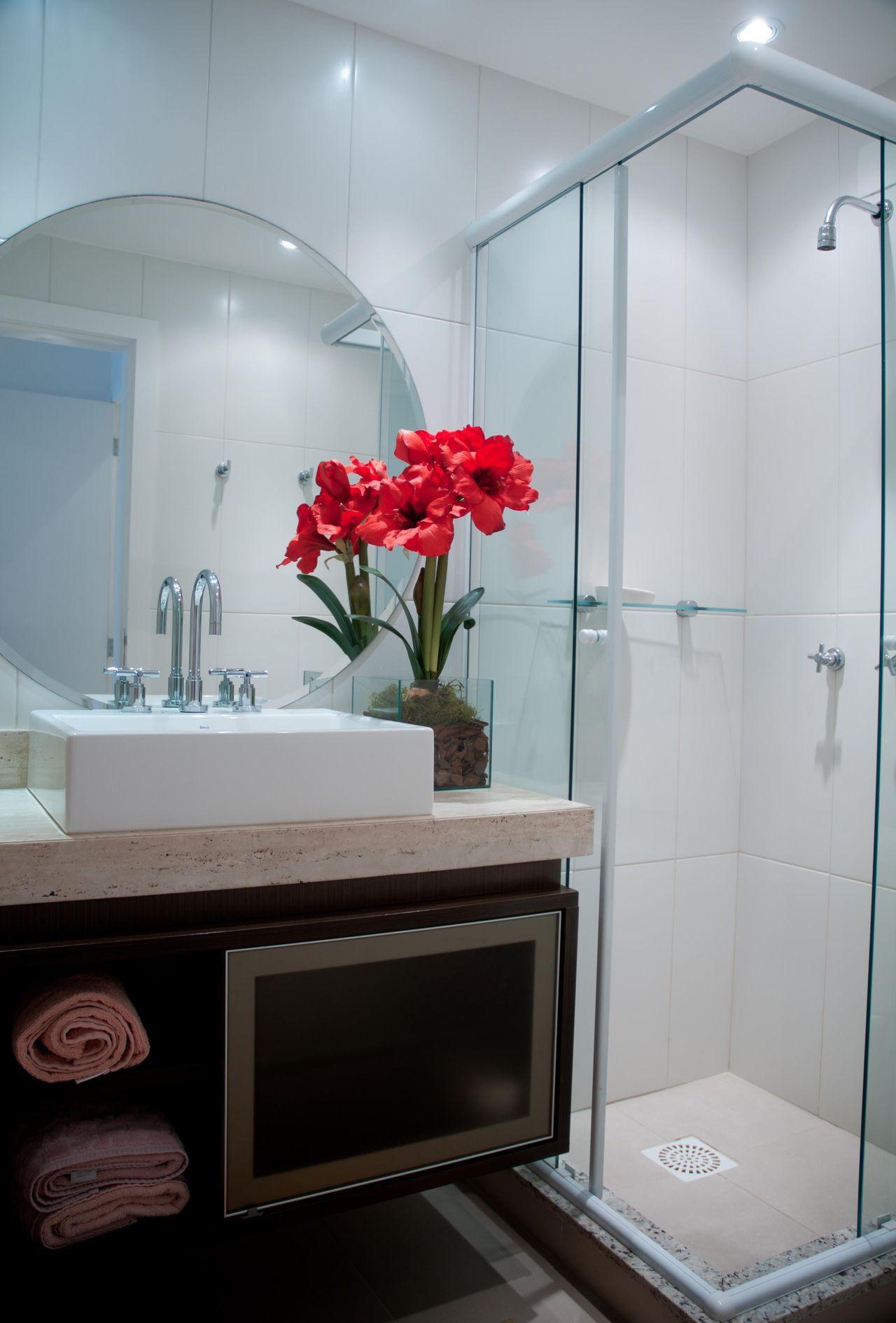 Apartamentos Decorados Pequenos Para Solteiros E Casais  ~ Banheiro Integrado Ao Quarto E Quarto Pequeno De Menino