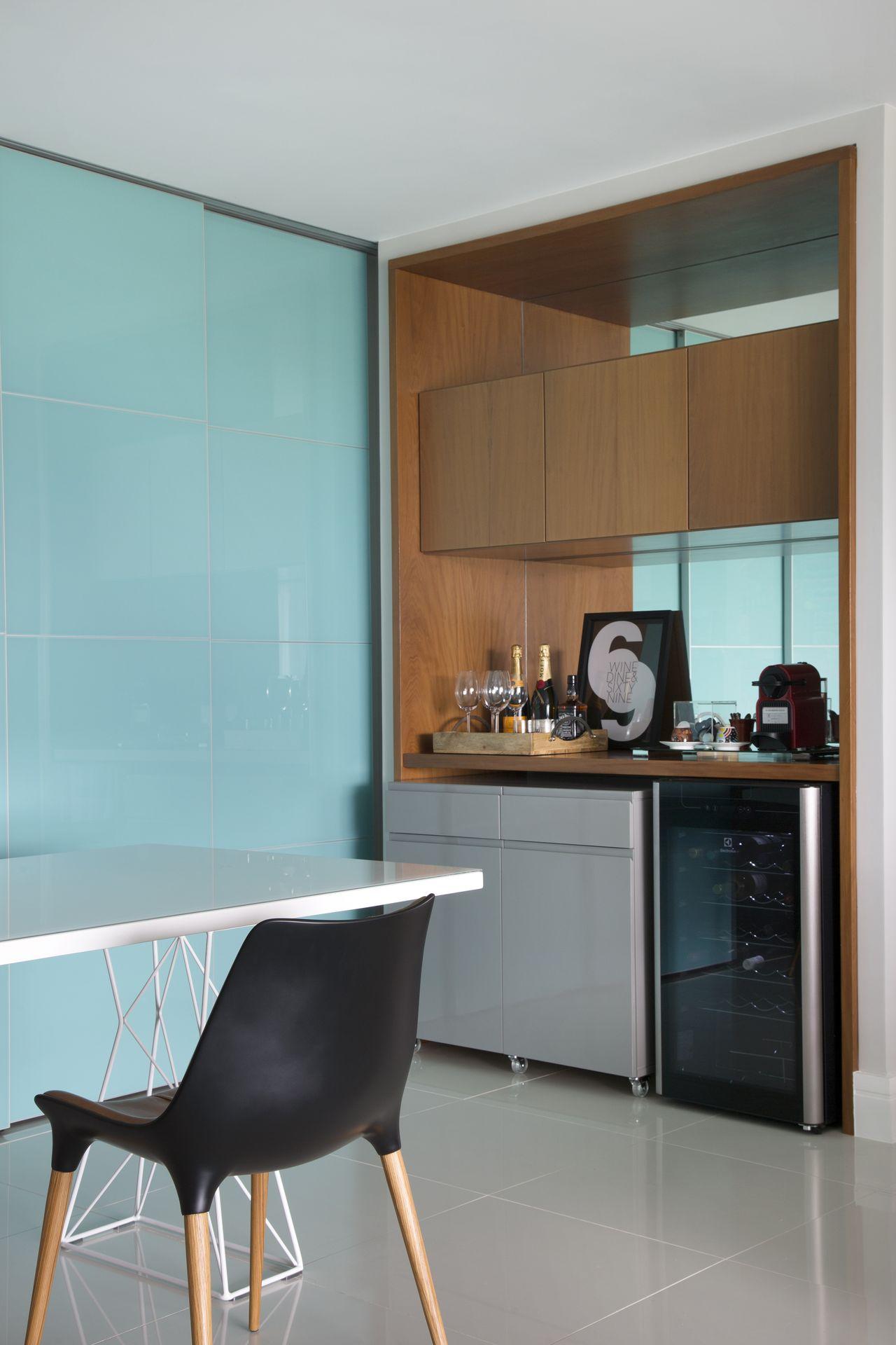 Bar Dentro Da Sala Sabe Aquele Cantinho Na Sala Na Cozinha Ou Na  -> Sala Pequena Com Barzinho