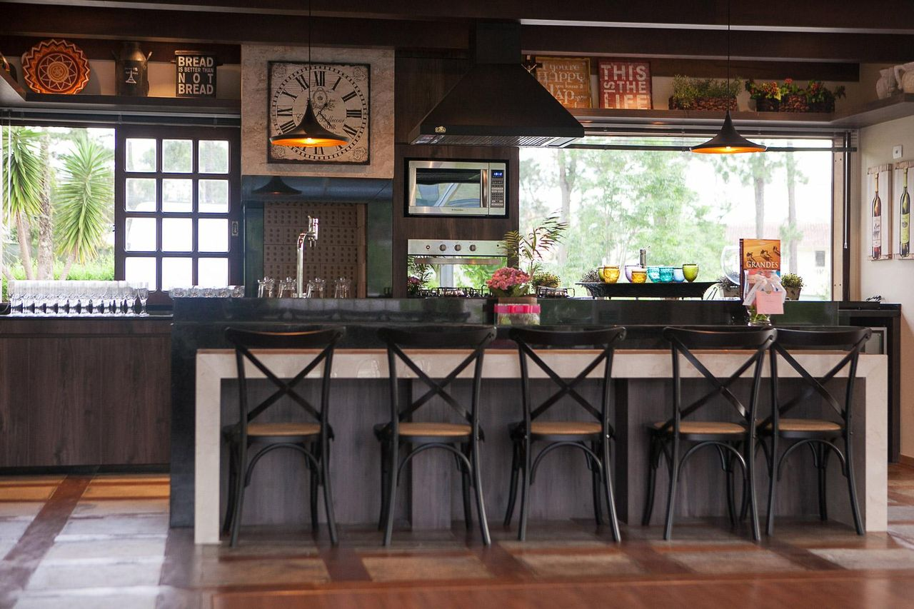 Cozinha Americana Com Bancada Preta De Bender Arquitetura 83414 No