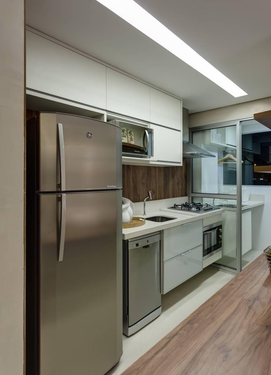 Cozinha Planejada Com Geladeira Embutida E No Design Da Sua Cozinha