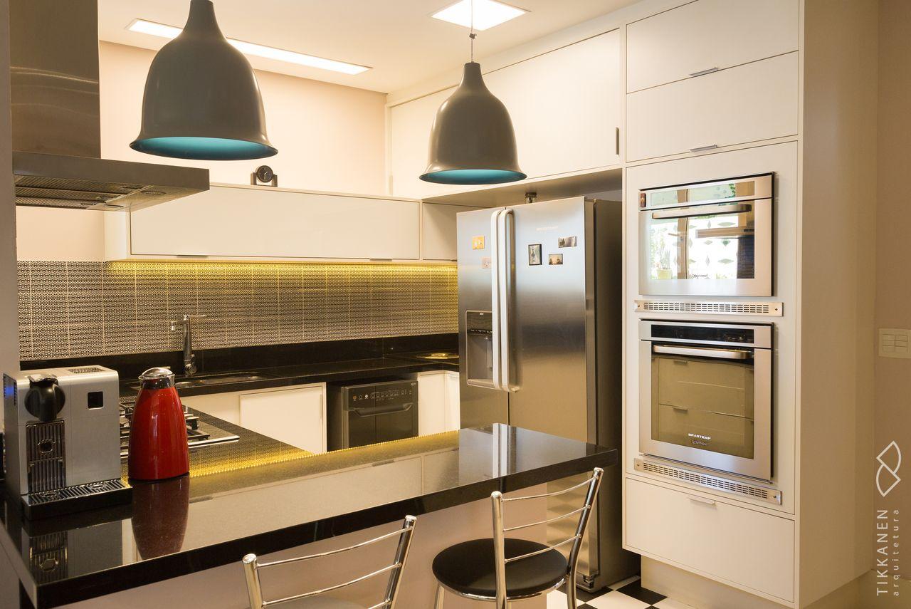 Cozinha Americana Com Ilumina O Em Led Amarelo De Tikkanen