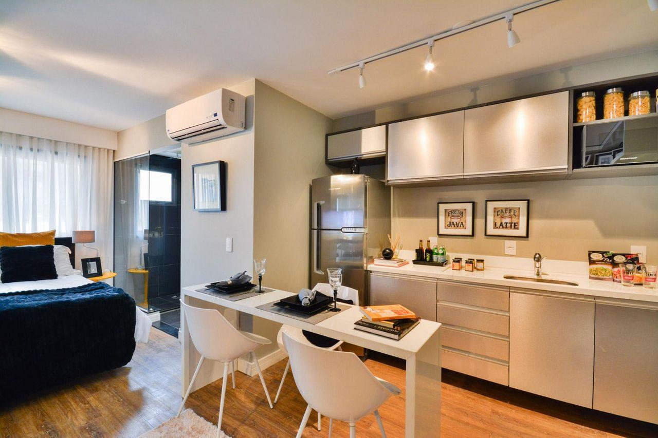 Cozinha Americana Com Uma Mesa Pequena De Bender Arquitetura 83563