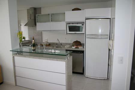 Cozinha Branca Com Balção De Vidro De Lu Moraes 88436 No Viva Decora