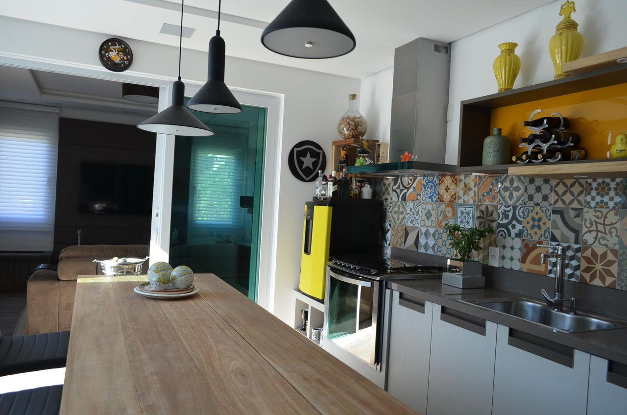 Cozinha Com Adesivo De Azulejo De Phillip Jose Martins 51770 No