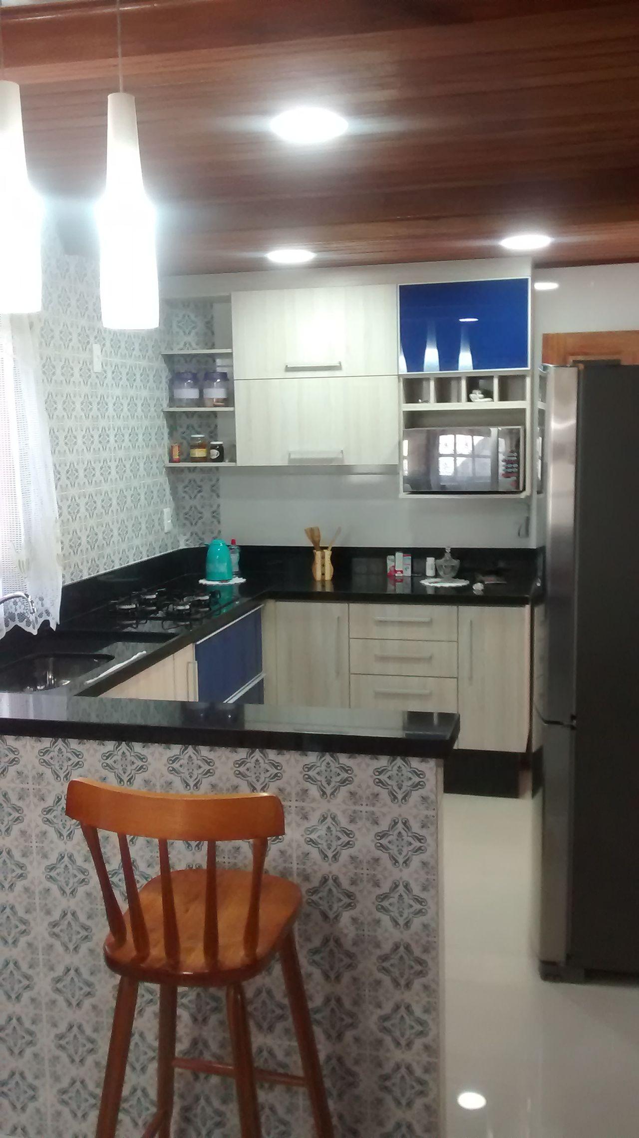 Cozinha Americana Com Azulejos Na Bancada De Reinaldo Gon Alves
