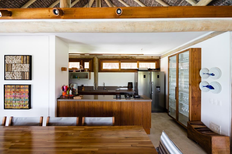Cozinha R Stica De Ant Nio Ferreira Junior E M Rio Celso Bernardes