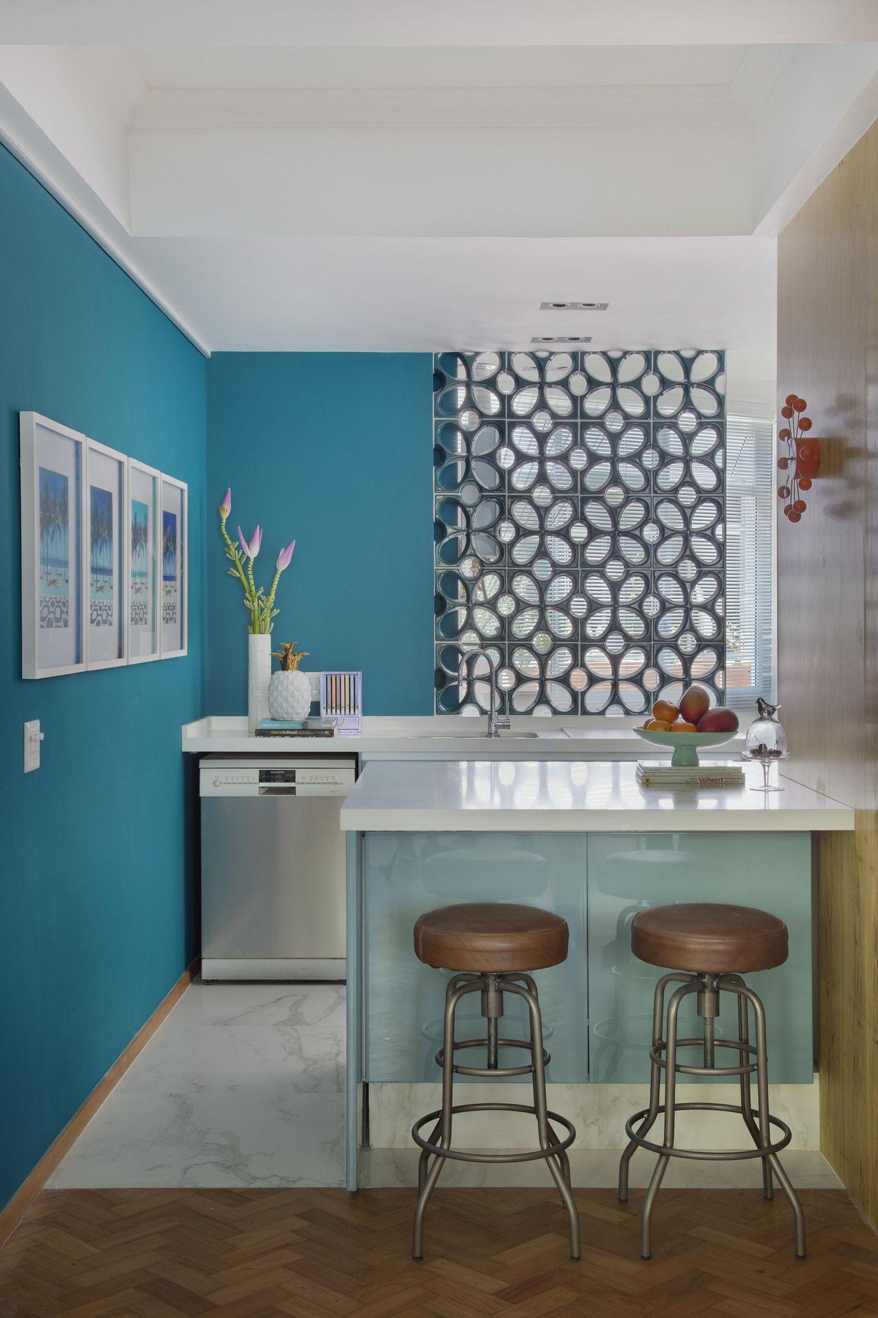 Parede Azul Turquesa De Yamagata Arquitetura 107072 No Viva Decora ~ Escritorio No Quarto De Casal E Quarto Casal Azul Tiffany