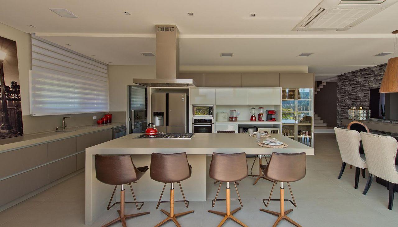 Cozinha Gourmet Com Coifa Quadrada De Espa O Do Tra O Arquitetura