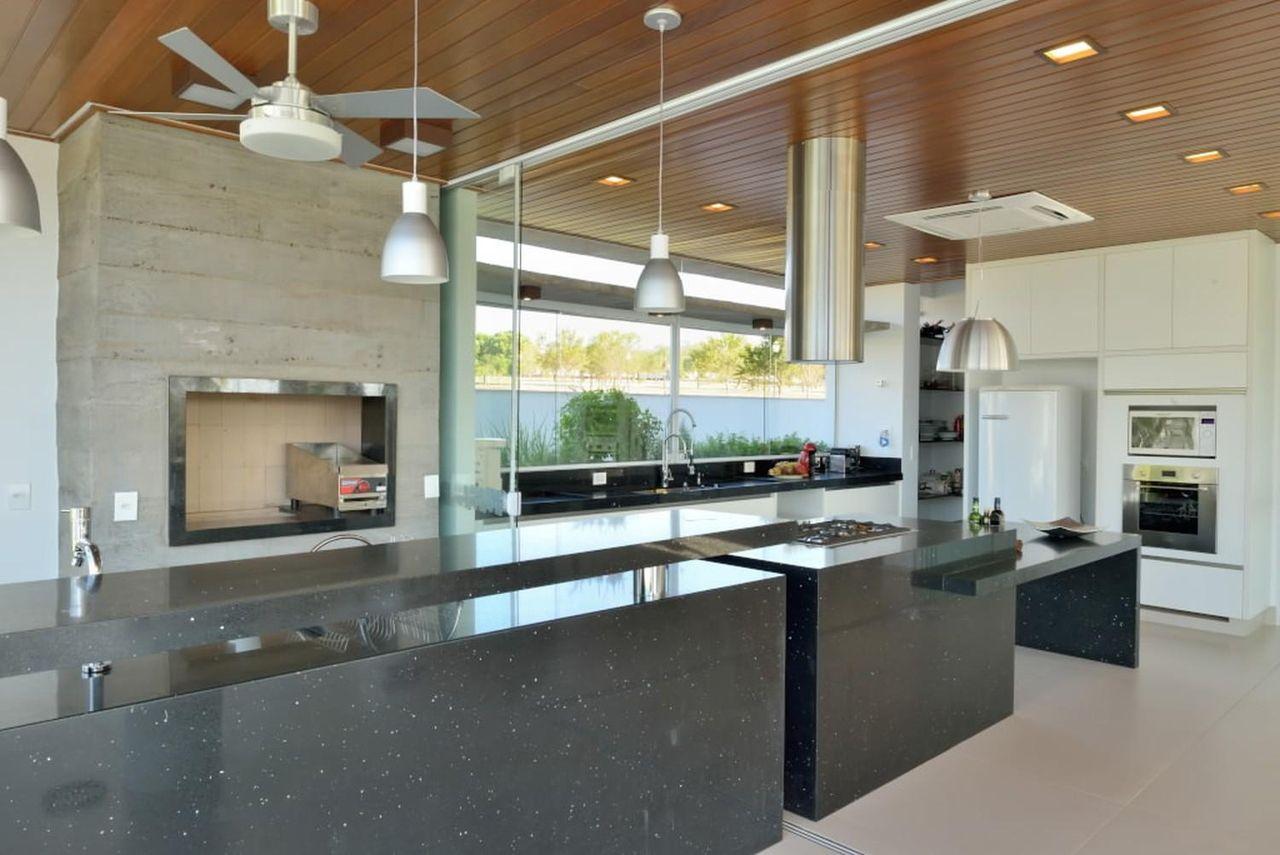 Cozinha Gourmet Com Ventilador De Teto De Barillari Arquitetura
