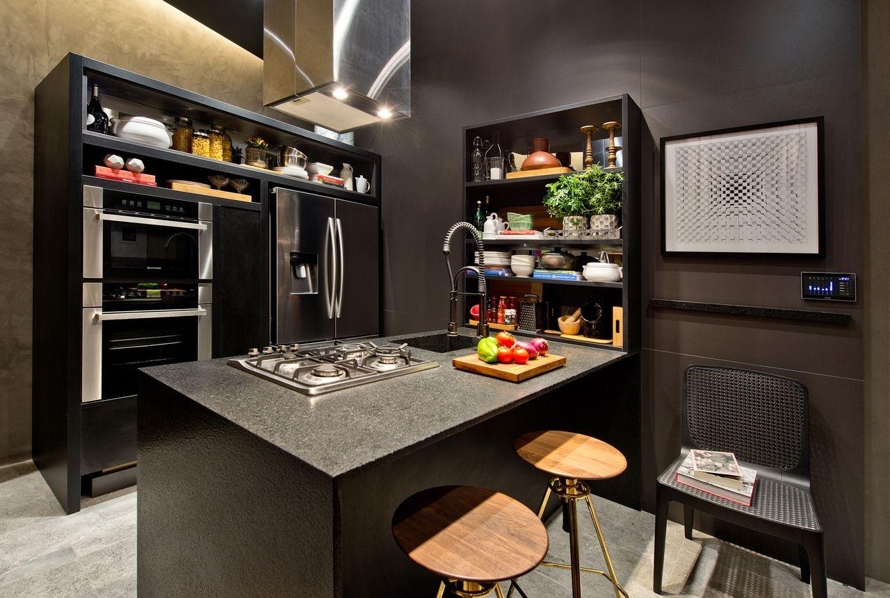 Cozinha Gourmet Escura Com Ilha De Pedro Tessarollo 131934 No Viva
