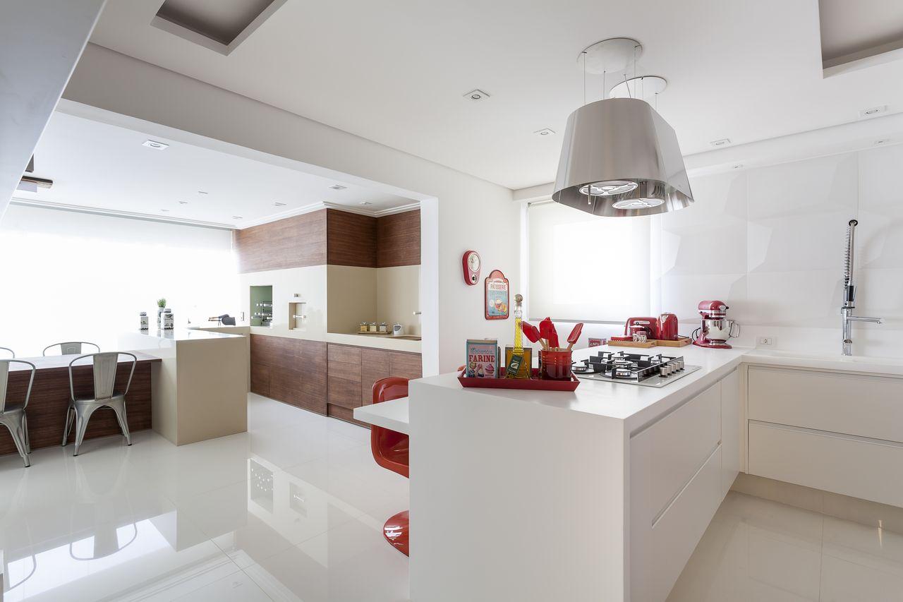 Cozinha Branca Integrada Com Rea Gourmet De Mariana Luccisano