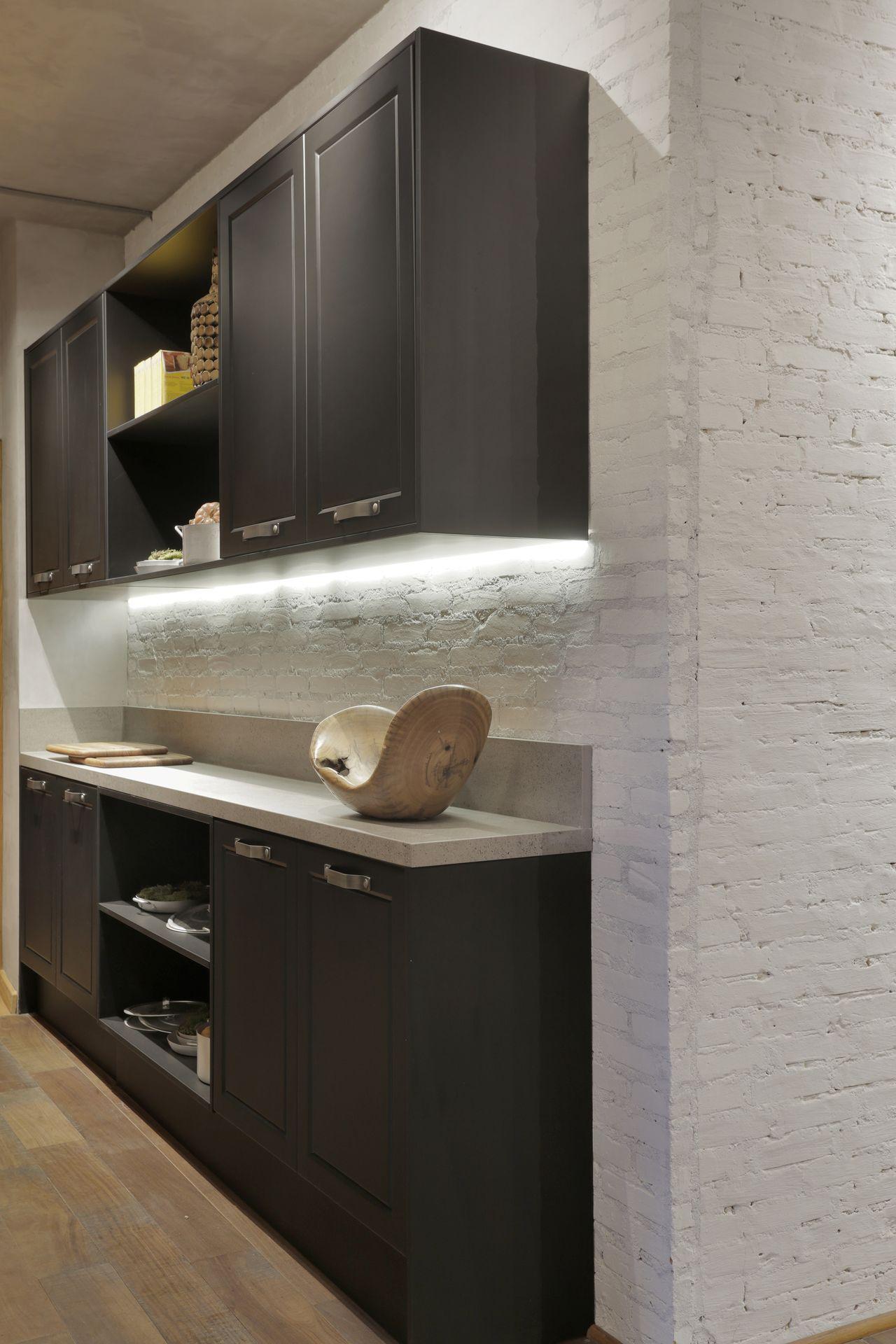Cozinha Com Arm Rio Preto E Ilumina O Em Led De Rica Salguero  ~ Armario Quarto Casal Com Iluminação Quarto Led