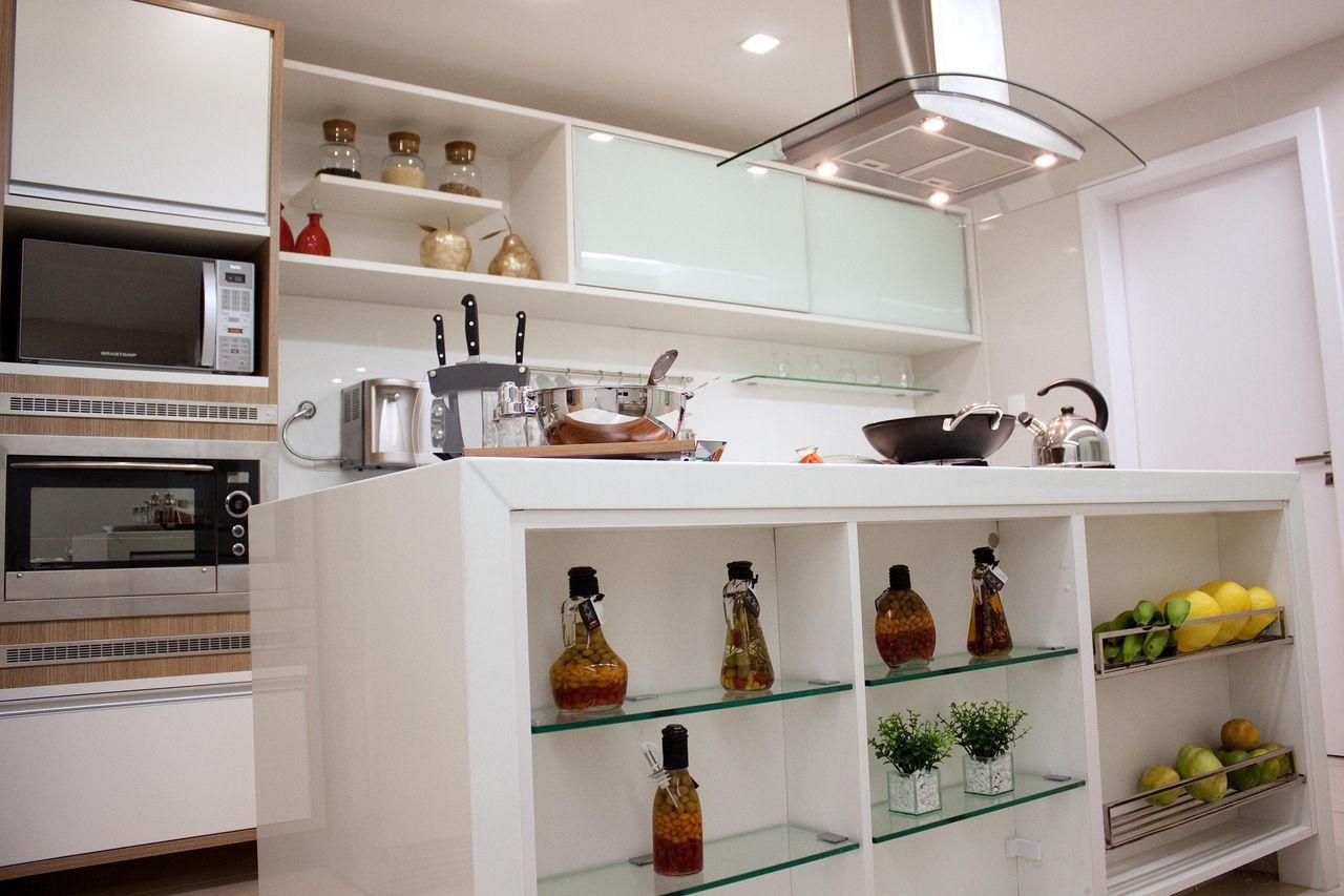 Cozinha Planejada Com Coifa De Alum Nio E Vidro De Larissa Vinagre