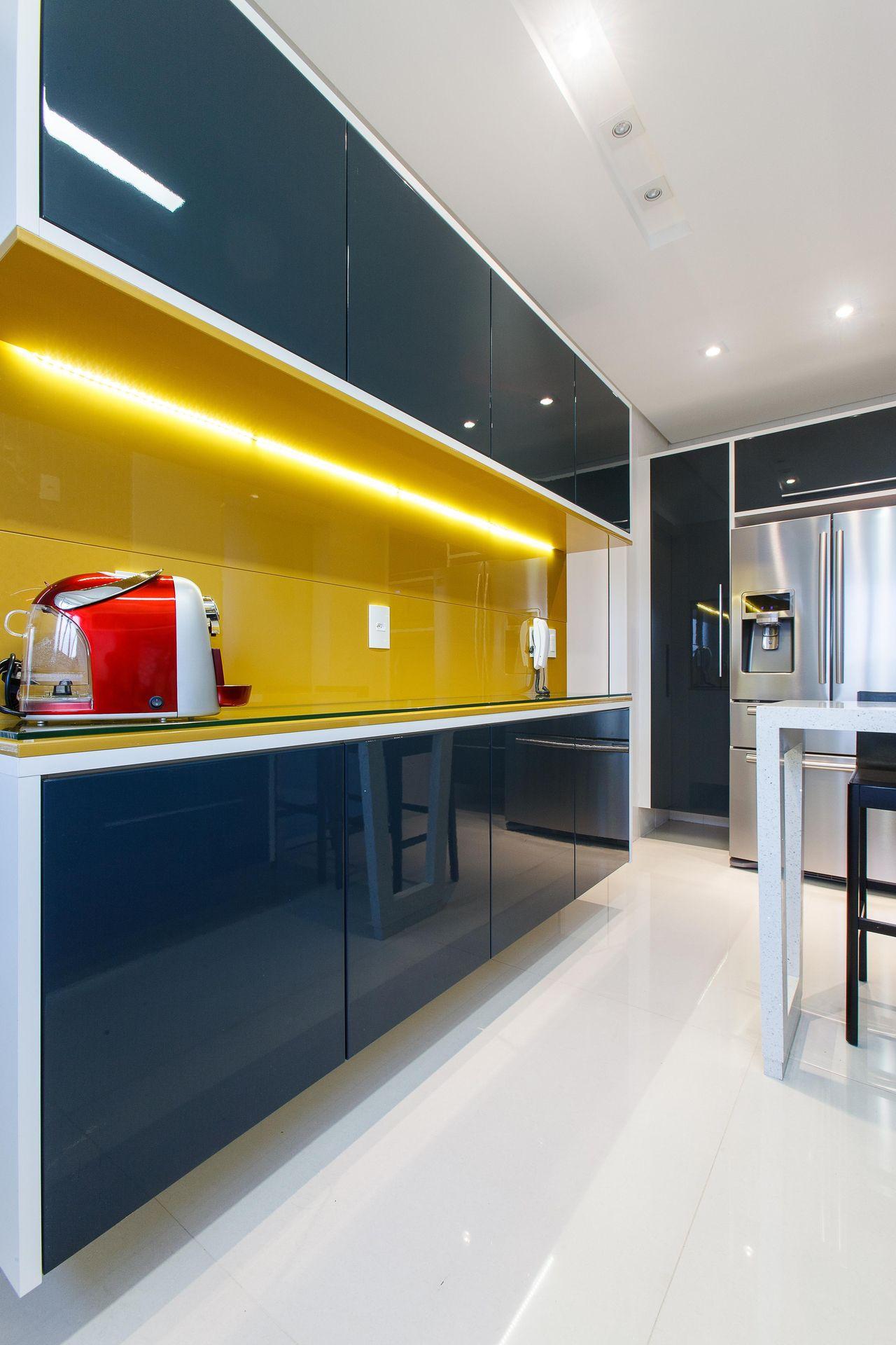 Cozinha Planejada Com Arm Rio Amarelo De Orlane Santos 78136 No