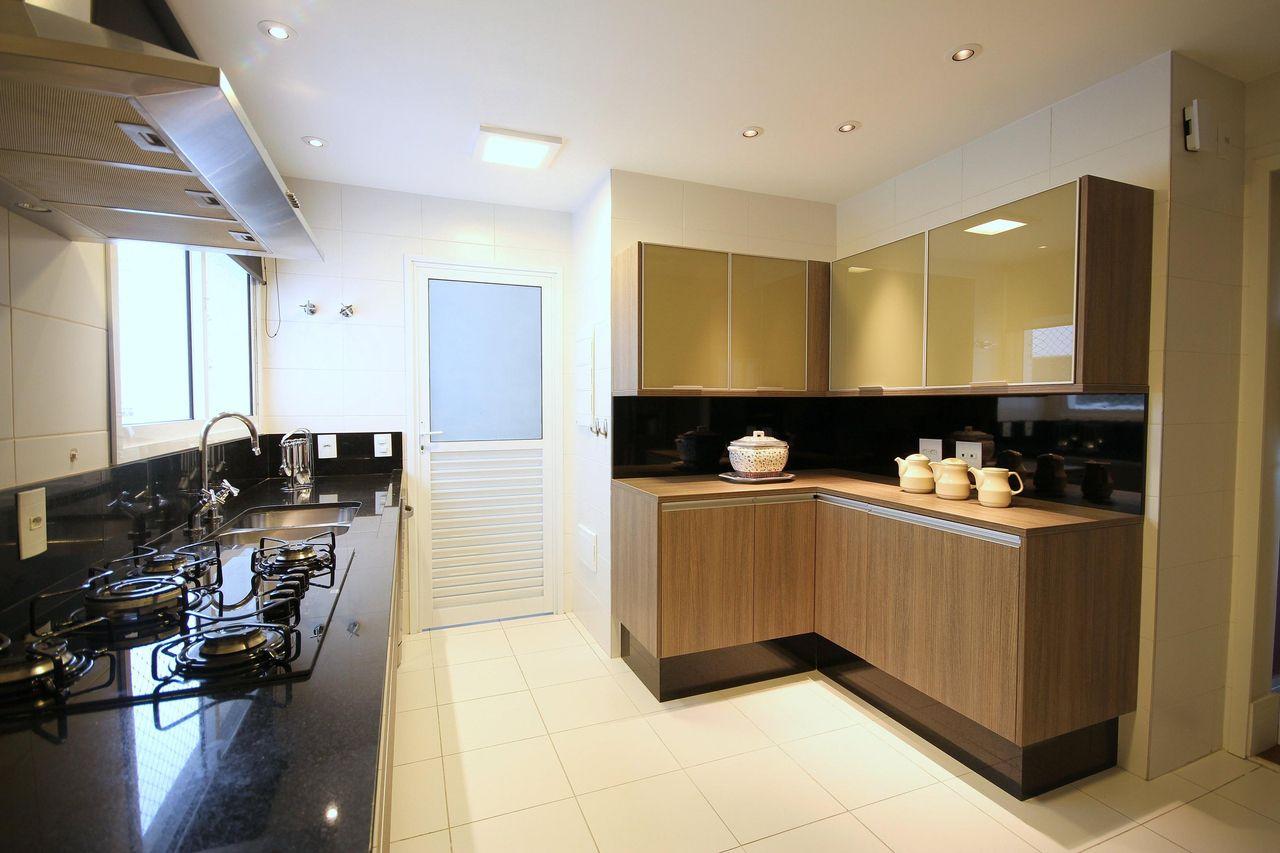 Cozinha Planejada Com Cook Top E Coifa De Meyercortez Arquitetura