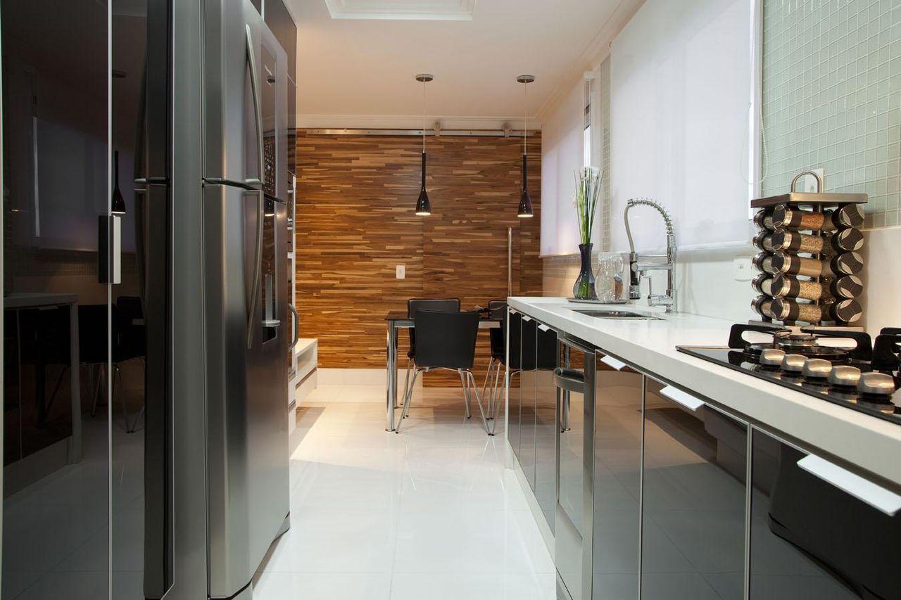 Cozinha Planejada Com Geladeira Em Inox De Deborah Basso 63657 No