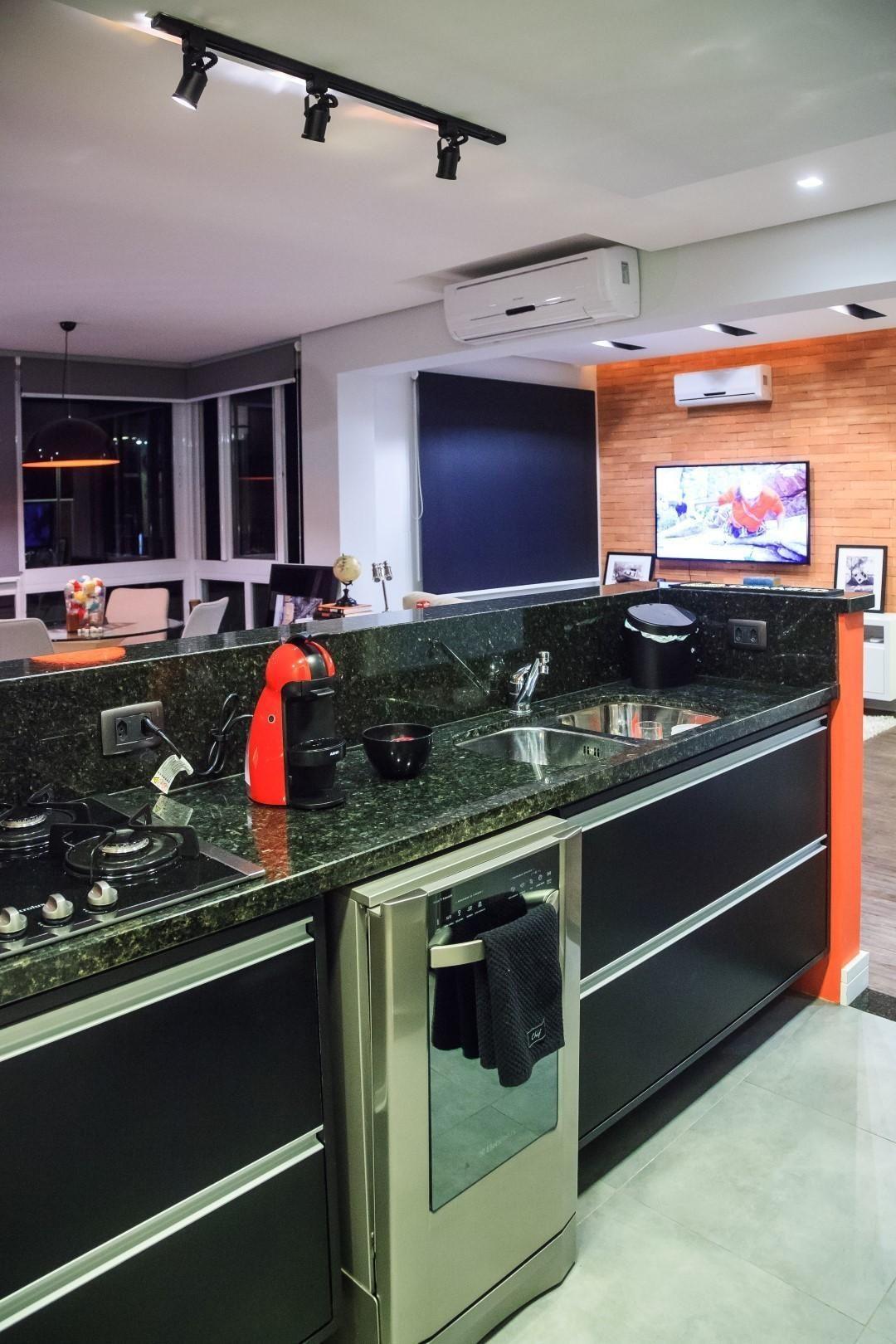 Muitas vezes Cozinha planejada com lava Louças de Braccini + Lima Arquitetura  SV86