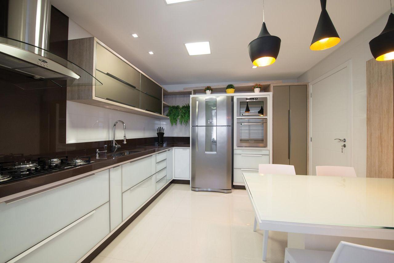Cozinha Planejada Com Mesa Pequena De Actual Design 104188 No Viva