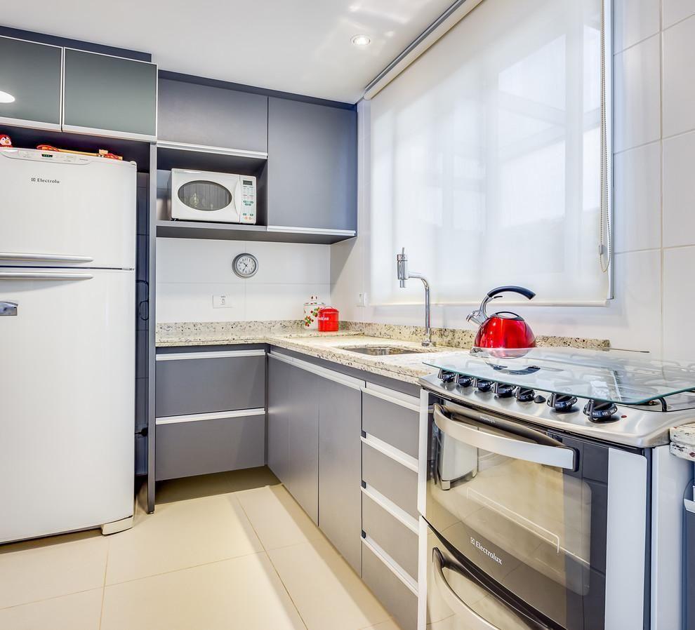 Cozinha Planejada Com Persiana Branca De Juliana Lahoz 78945 No