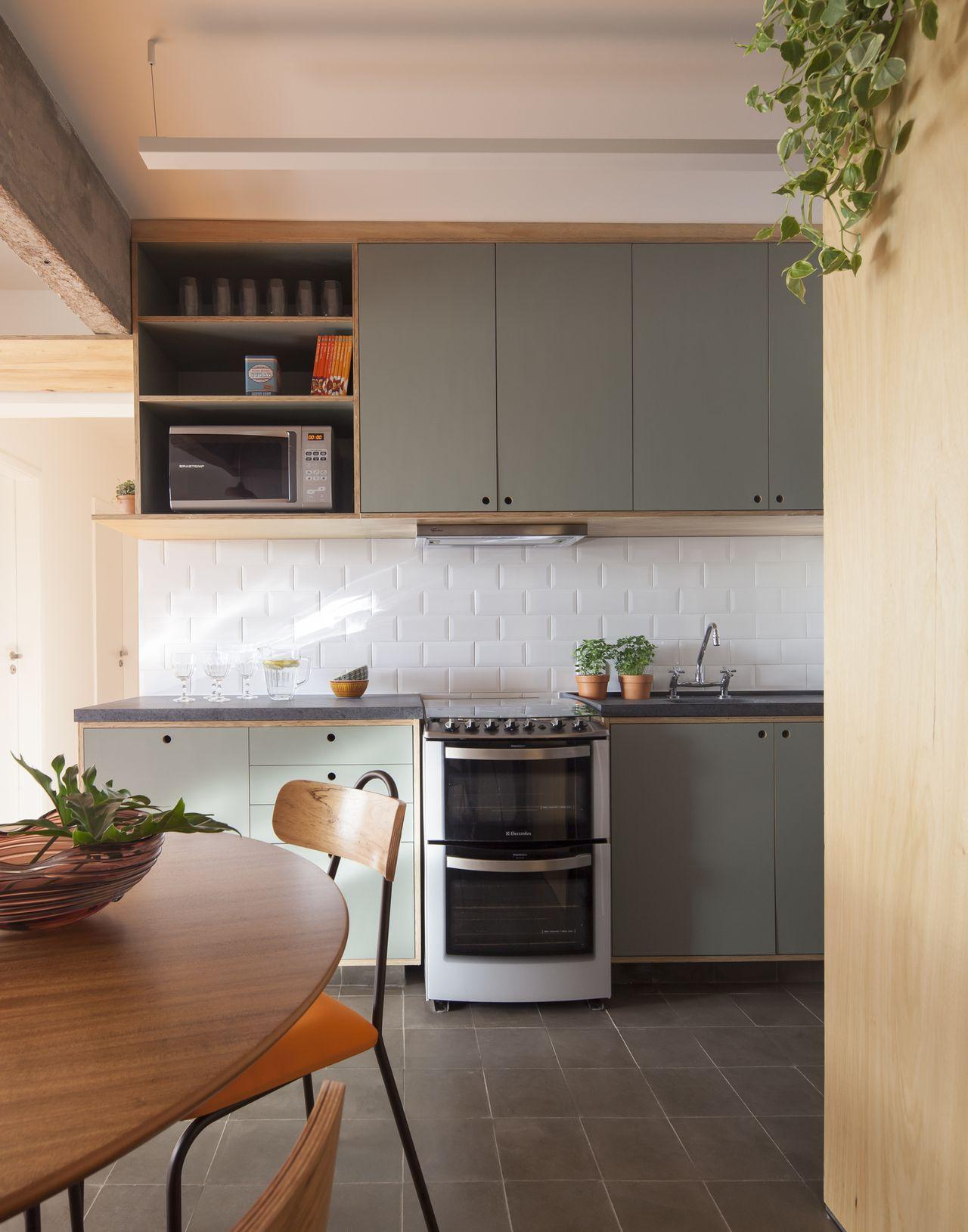 Cozinha Clean Com Mesa Redonda De Madeira De In Arquitetura