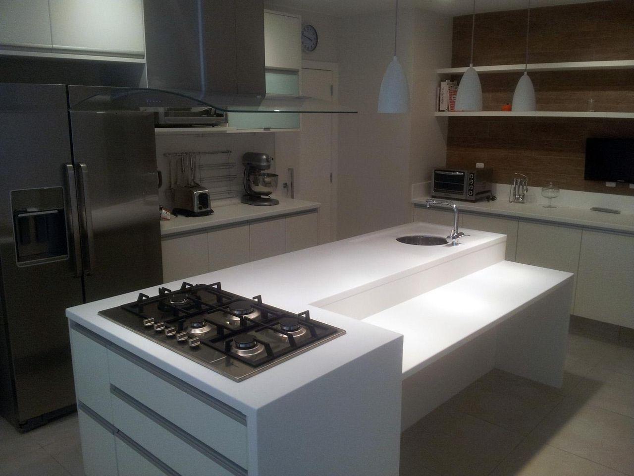 Cozinha Com Ilha Branca De Sergio Carvalho Ramos 47033 No Viva Decora