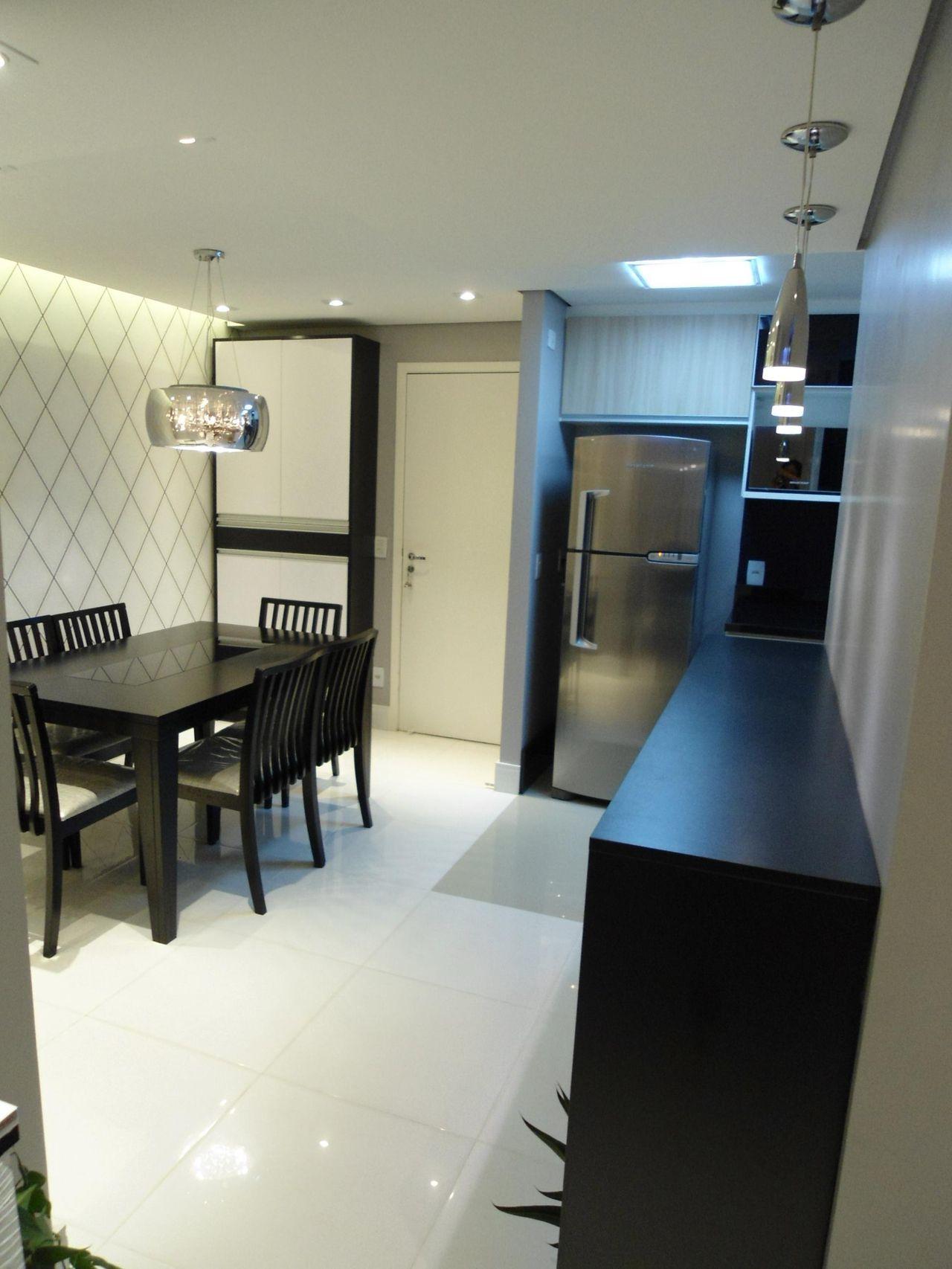 Cozinha Com Mesa Quadrada Preta De Juliana Cristina 61098 No Viva  -> Sala Quadrada Planejada