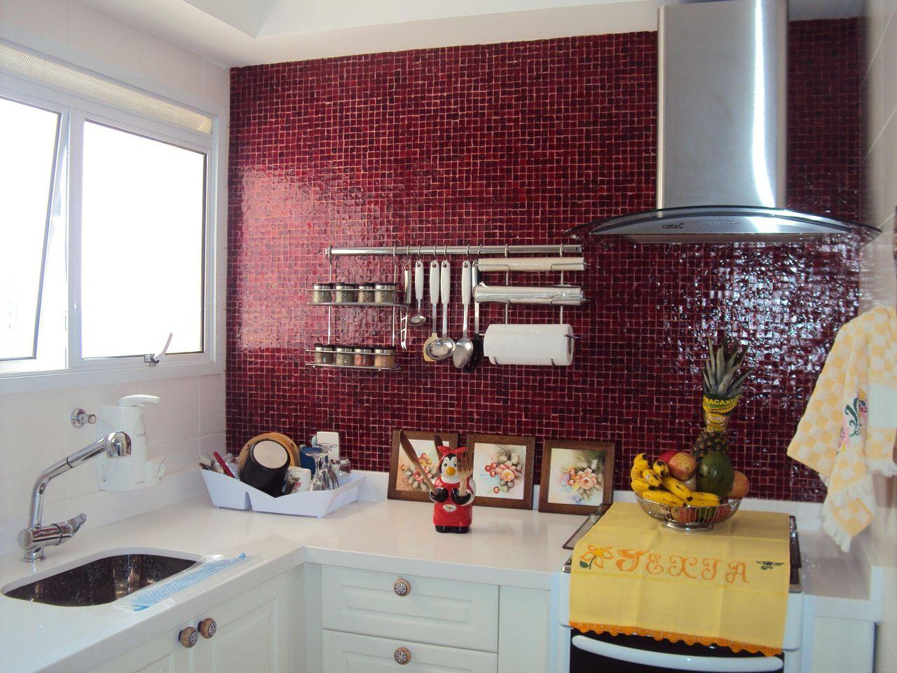 Cozinha Com Pastilhas Vermelhas De James James Fontes Tognasca  ~ Cozinha Decorada Com Pastilhas