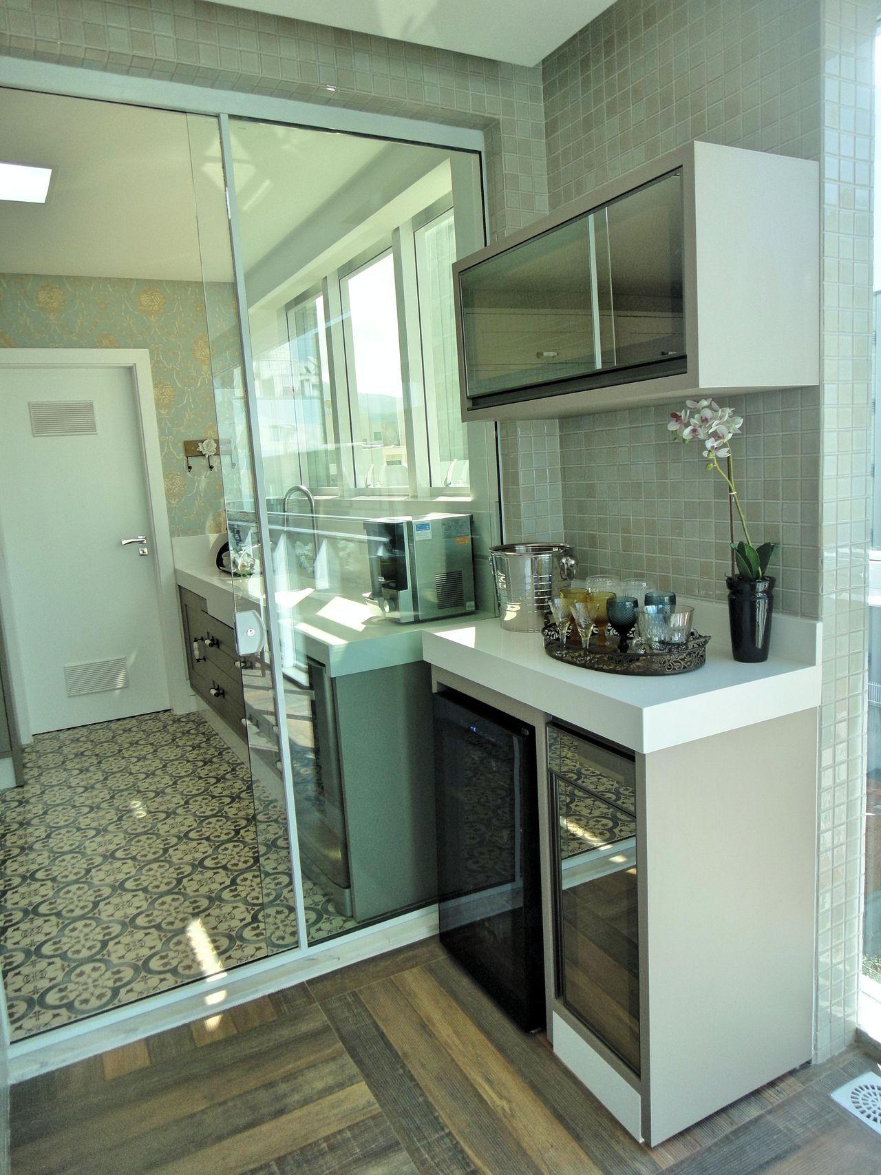 Cozinha Com Porta De Vidro Deslizante De Gabriela Herde 92626 No