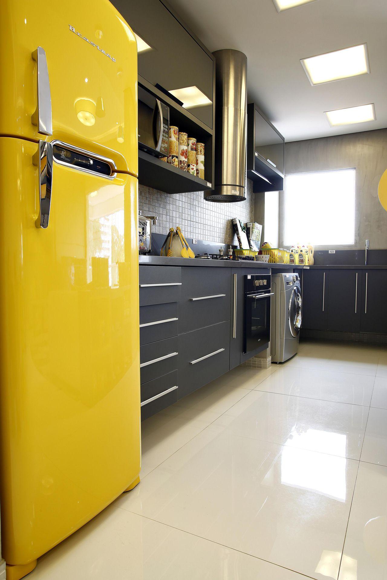 Geladeira Amarela De Marel Grupo Factory 121420 No Viva Decora