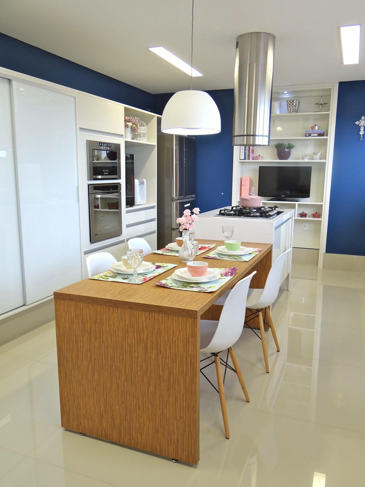 Mesa De Jantar Com Lustre Na Cozinha De Belissa Corral 20728 No  ~ Lustre Para Cozinha Americana