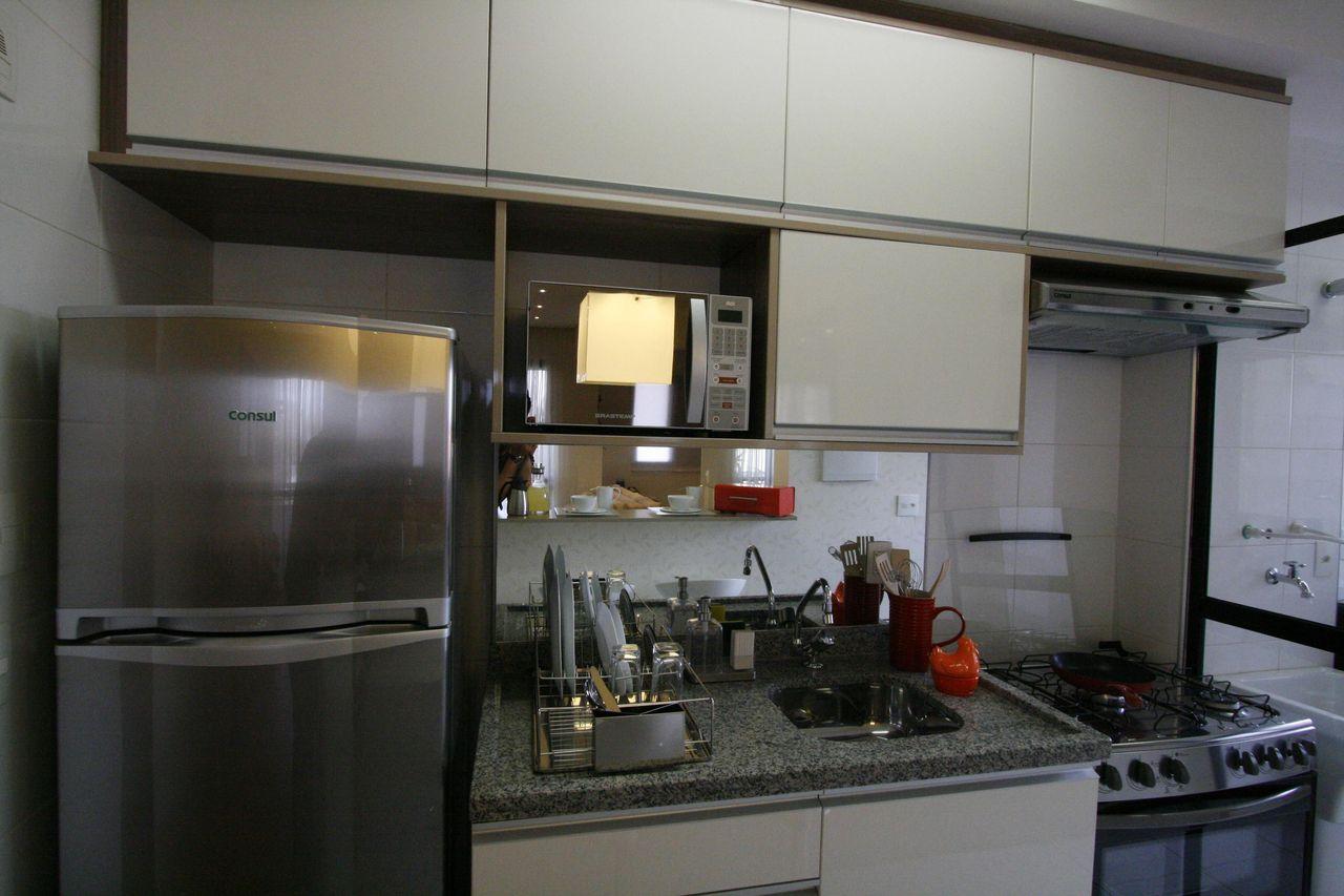 Cozinha Pequena Organizada De Priolligaluppo Arquitetura E Design
