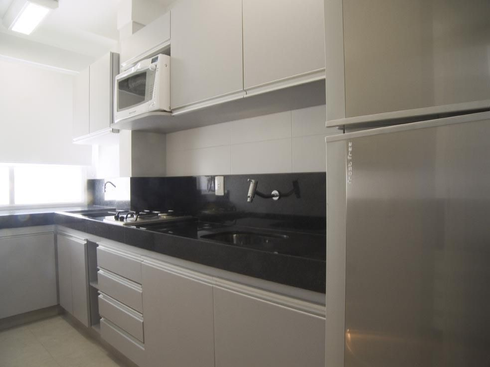 Cozinha Pia De M 225 Rmore E Geladeira De Inox De Karen Pisacane 20242 No Viva Decora