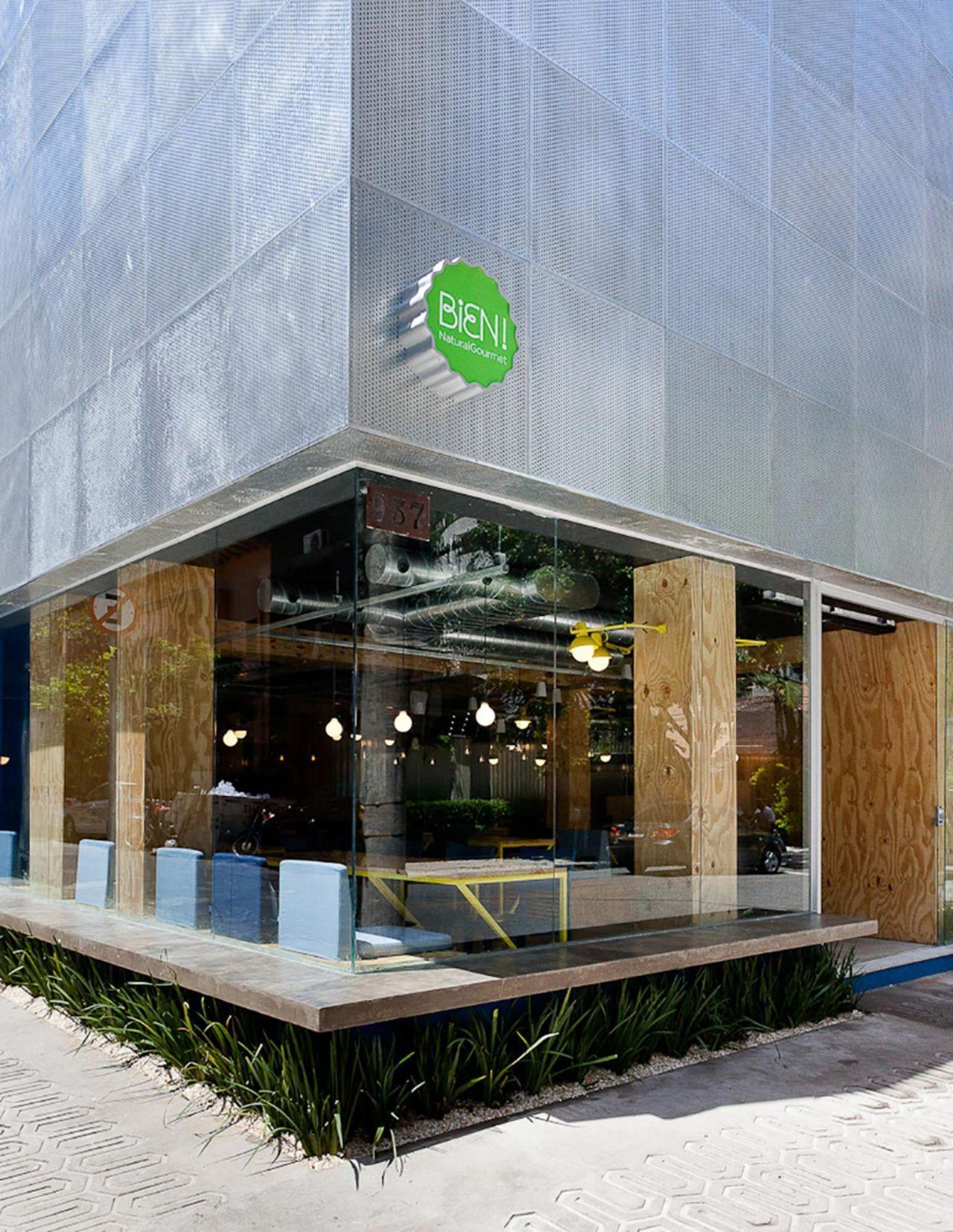 Preferência Fachada de vidro em espaço comercial de Suite Arquitetos - 23610  ZE57
