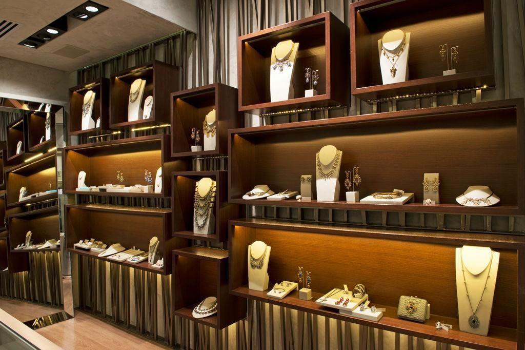 f9c821017de Nicho para exposição de jóias de Triplex Arquitetura - 17016 no Viva ...