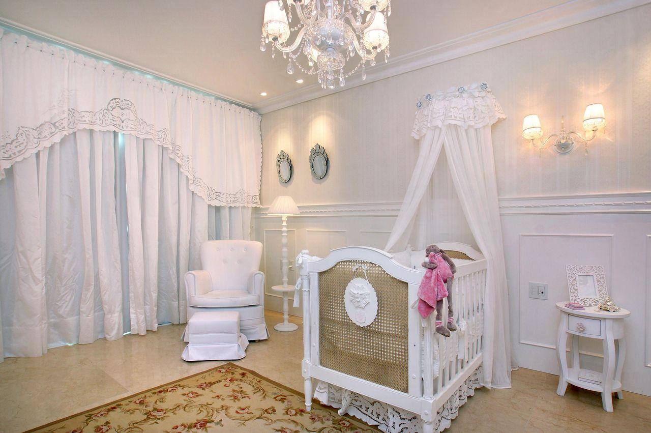 Quarto De Beb Com Cortina Branca De Nicolle Do Vale 52954 No  ~ Cortina Simples Para Quarto De Bebe