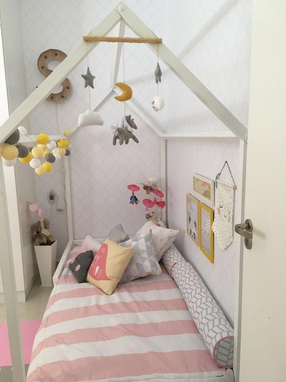 Quarto De Beb E Cama De Casinha Com Luzes De Arqexpress 150132  ~ Decoração De Quarto Com Luzes E Quarto Simples Para Bebe